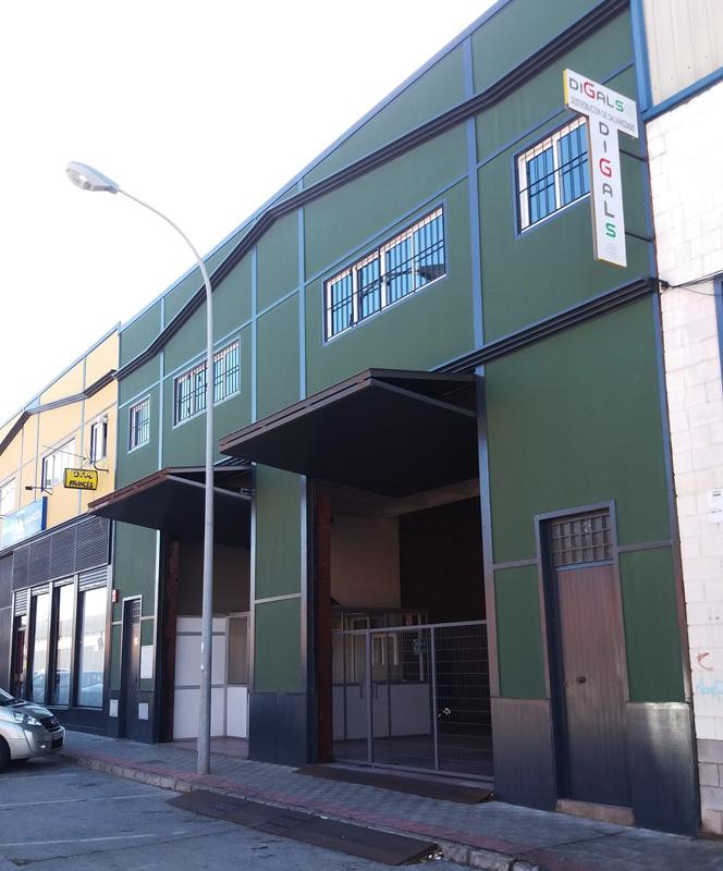 transporte de materiales galvanizados en Sevilla